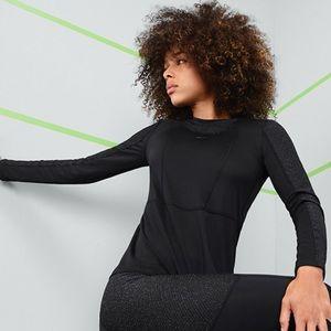 NWT Nike pro warm top